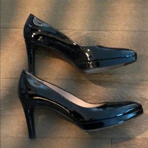 Stuart weitzman pumps- like new